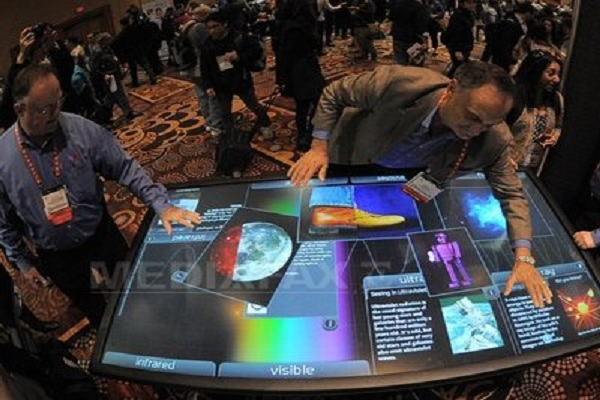 CES 2013: Hiding Corpses Among Funny Gifts