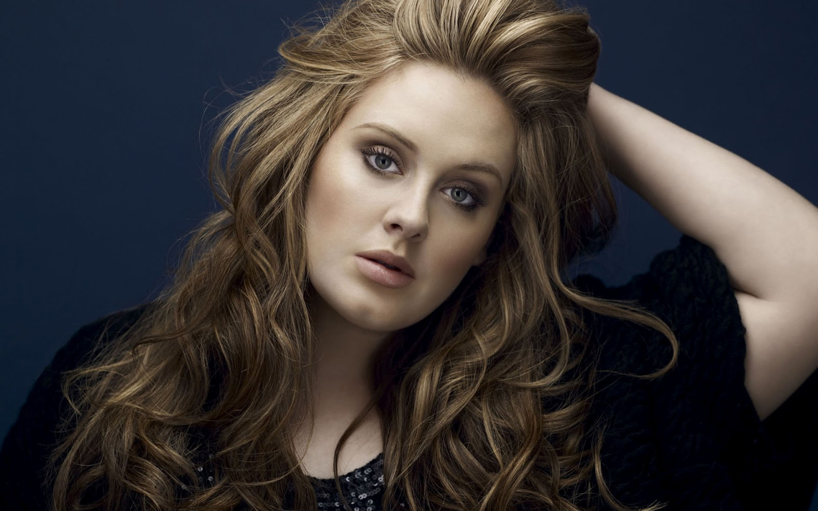 Adele Wins € 35,000,000 per Year from the Copyright