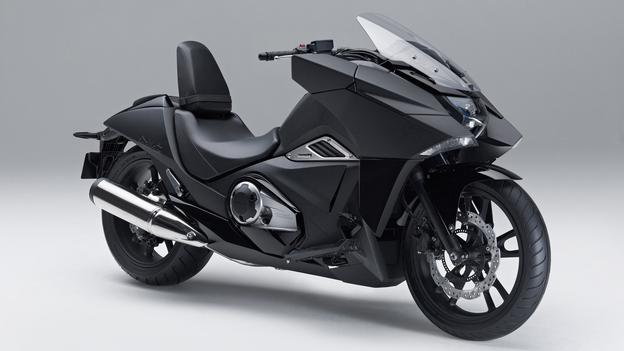 New Honda NM4 Vultus a Futuristic Motorcycle Likened Batbike