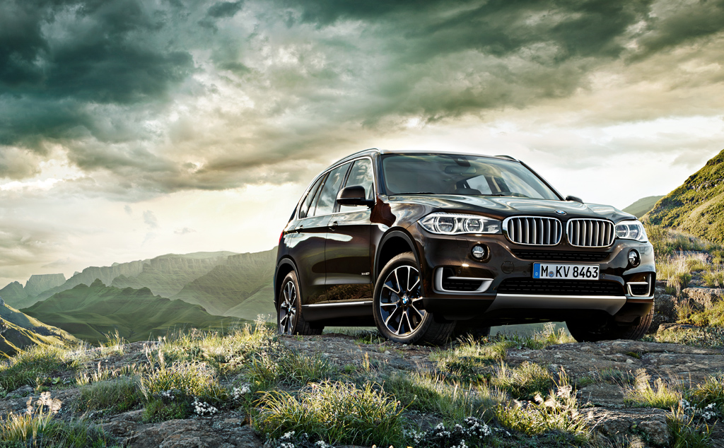 The New BMW X5 and Features that Make it the First SUV in the World that Offers Function Autonomously Driving
