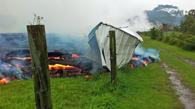 Pahoa Residents Hawaii on the Verge of Evacuation as Lava Approaches